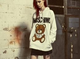 04_moschino-teddy-embroidery-