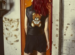 09_moschino-teddy-embroidery-