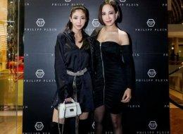 (L-R) Amanda Chaang _ Fiona Xie(L-R) Amanda Chaang,  Fiona Xie