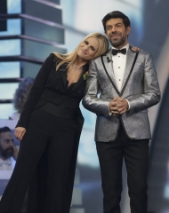 Michelle Hunziker in Moschino, Pierfrancesco Favino in Dsquared2 - 68 Festival di Sanremo (photo by Angelo Trani)