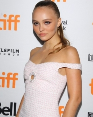 Toronto International Film Festival: Lily-Rose Depp, Chanel Ambassador and actress in the movie, wore a pink and white tweed dress from the Cruise 2018/19 collection. (photo by Jeremychanphotography)