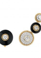 Chanel Tweed Contraste Asy earrings