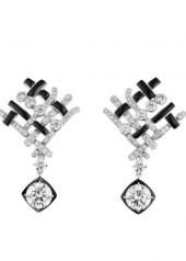 Chanel Tweed Graphique Earrings