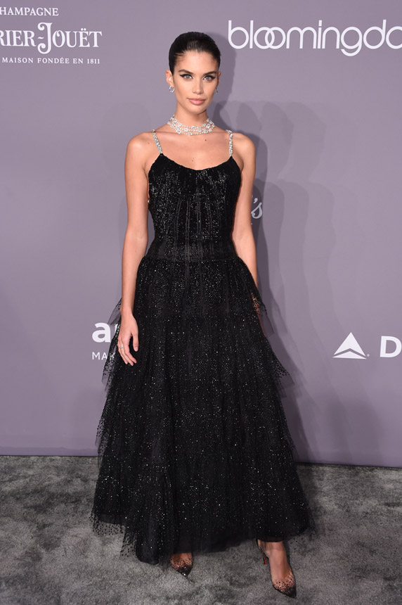 AmfAR Gala . Sara Sampaio in Giorgio Armani Privé (Photo by Getty)