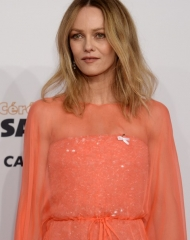 Vanessa Paradis wearing Chanel at the 43rd César Award Ceremony in Paris (photo by Rindoff/Charriau)