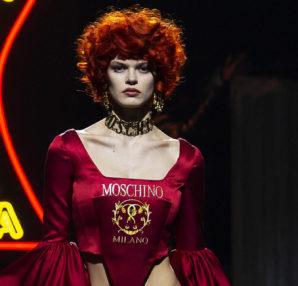 Moschino donna pre collezione Autunno Inverno 2019/20