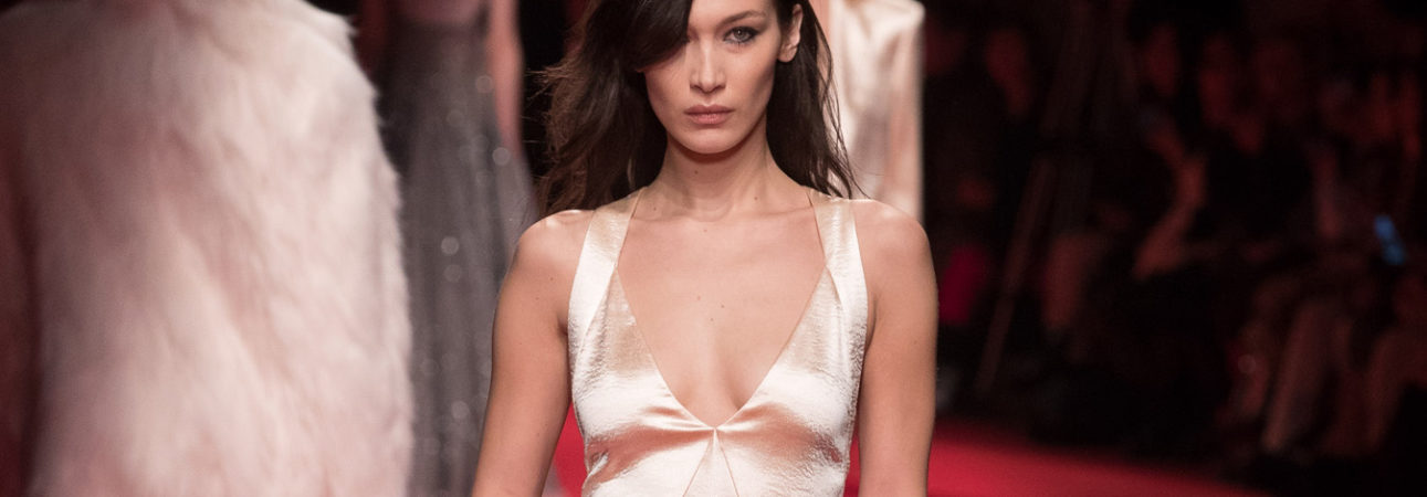 Bella Hadid . Philisophy di Lorenzo Serafini Fall Winter 2019/20