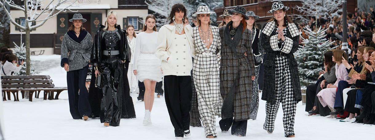 Cara Delevingne - Chanel Fall Winter 2019/20