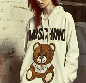Moschino: the new Teddy Bear Embroidery from the Spring Summer 2019 collection