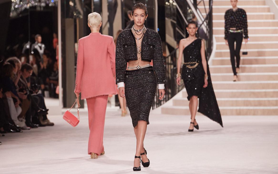 Gigi Hadid - Chanel Metiers D'Art 2019-2020