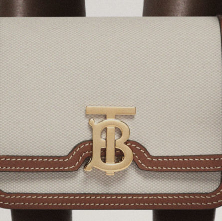"""Burberry presents the canvas """"The Pocket and TB Bag in canvas"""