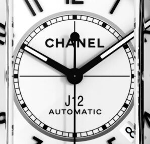 Digital campaign - CHANEL WATCHES . new J12 Paradoxe watch in black and white ceramic