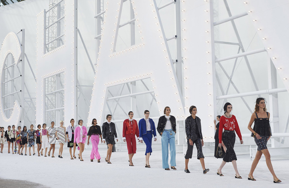 Chanel Spring Summer 2021 collection . photo by Olivier Salillant