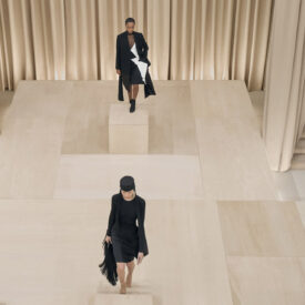 Burberry Autumn_Winter 2021 Womenswear Presentation Ambient Runway