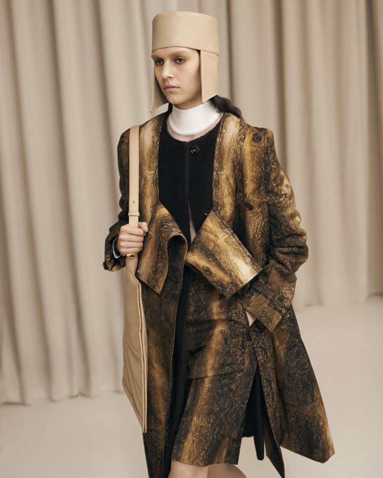 Burberry donna Autunno Inverno 2021/22 Presentation Ambient Runway