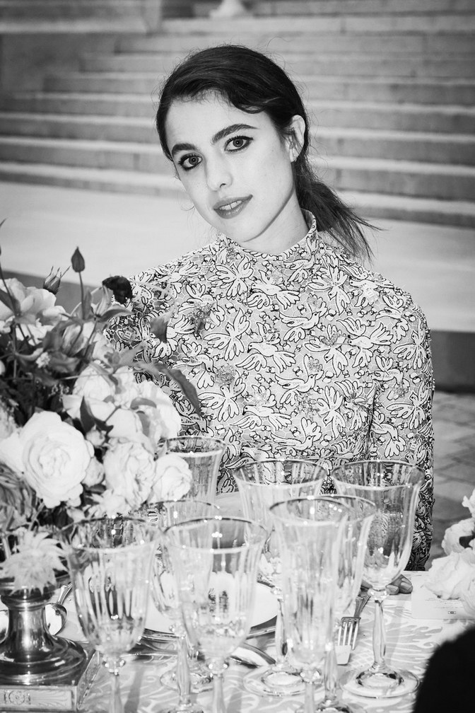 Margaret Qualley wore Chanel at Chanel Haute Couture Fall Winter 2021/22