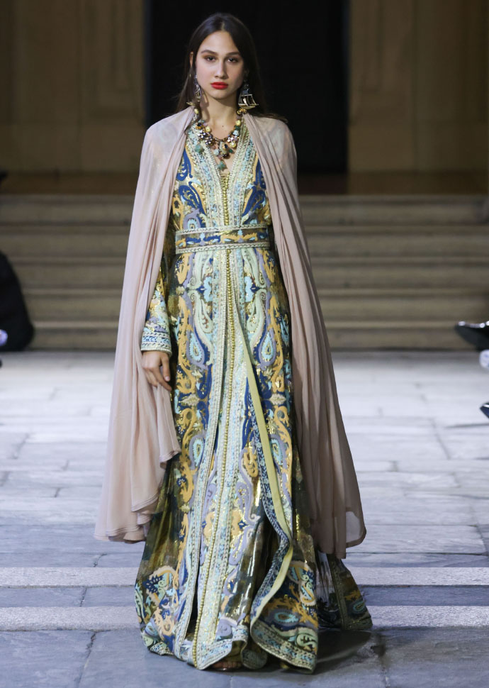 Zineb Joundy Oriental Fashion Show