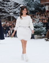 Chanel Fall Winter 2019/20 collection . Penelope Cruz