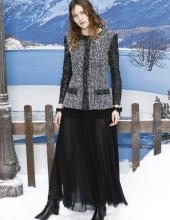 Christa Theret .  Chanel : Photocall- Paris Fashion Week Womenswear Fall/Winter 2019/2020