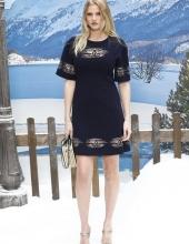 Lara Stone Chanel : Photocall- Paris Fashion Week Womenswear Fall/Winter 2019/2020