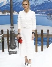 Laura Bailey Chanel : Photocall- Paris Fashion Week Womenswear Fall/Winter 2019/2020
