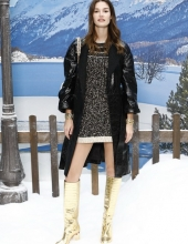 Ophelie Guillermand Chanel : Photocall- Paris Fashion Week Womenswear Fall/Winter 2019/2020