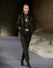 Chanel The Paris New York 2018-19 Metiers d'art collection (photo by Olivier Saillant)