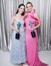 Emily Blunt & Rachel Brosnahan poses in the Winner's Gallery during the 25th Annual Screen Actors Guild Awards at The Shrine Auditorium on January 27, 2019 in Los Angeles, California.