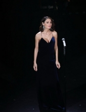 Anna Tatangelo wears Ottaviani Bijoux during the final of the Sanremo Festival 2019 (photo Marco Piraccini - Getty Images)