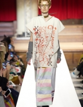 Viivenne Westwood Fall Winter 2018/19 collection
